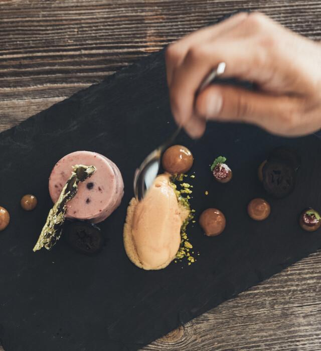 Herrliche Dessertvariation im ausgezeichneten Restaurant des 4*S Hotel Nesslerhof in Großarl, Salzburger Land