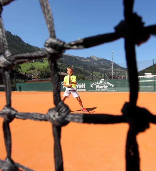 Tennisspielen im Urlaub