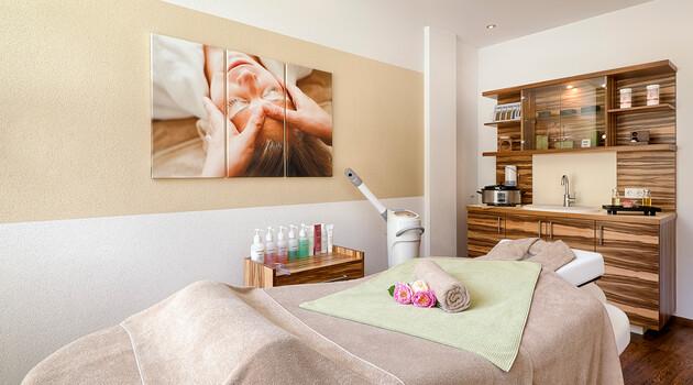 Behandlungsraum für Massagen und Beauty im Nature Spa
